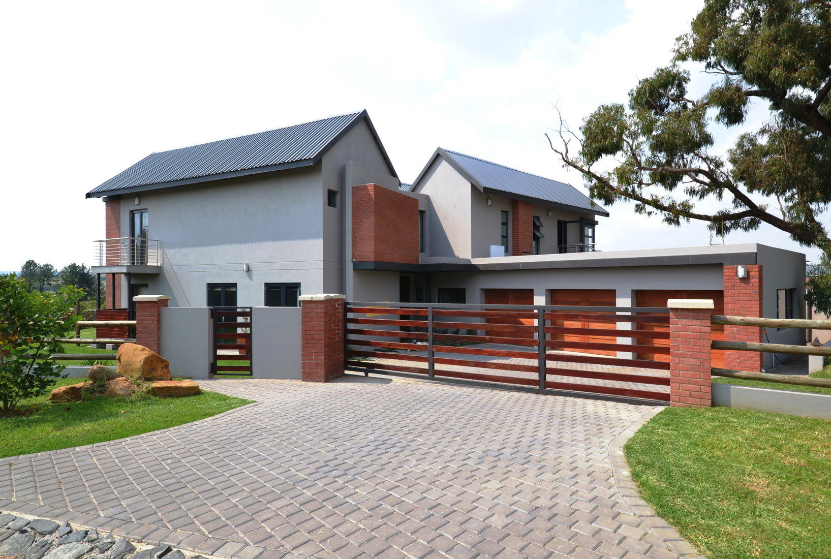 House kyalami nieuwoudt architects for Home design za